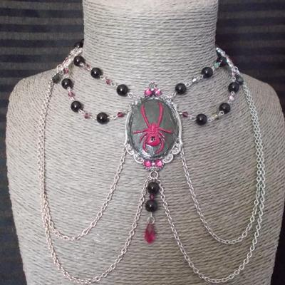 "Collier chocker ""Spider"" noir/fuchsia"