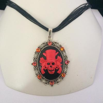 "Collier ""Guns N'Roses"" fireopal"